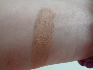 Maybelline Dream color swatch