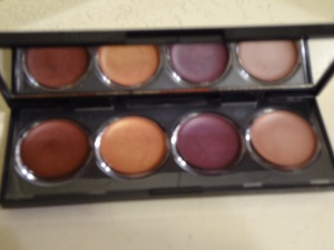 Revlon Illuminance cream shadow (2)