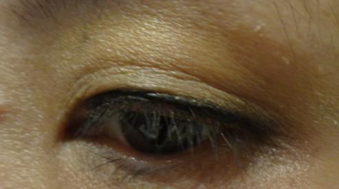 em eyeshadow wet