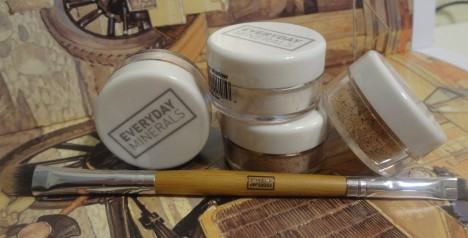 free samples eyeshadows em