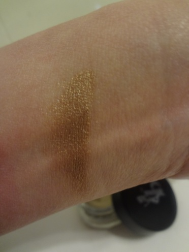 coloe swatch submissive