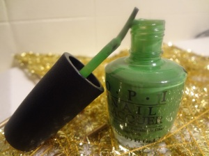 opi front lawn brush