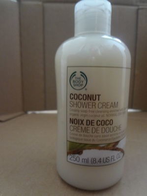 shower cream coconut