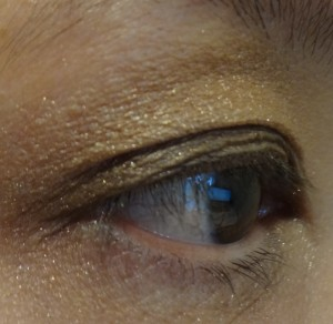 side eyelook