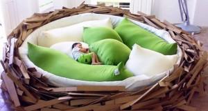The-Birds-Nest-Bed-605x325