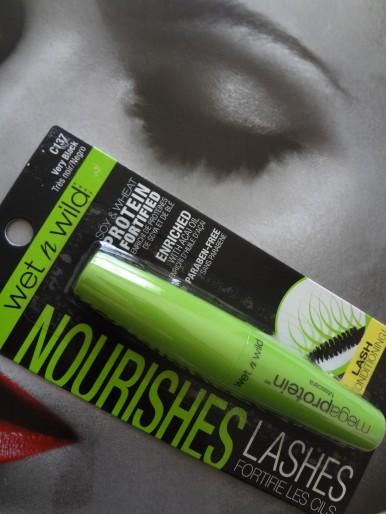 wnw mascara