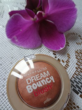 maybelline bouncy cream