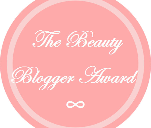 BEAUTY BLOGGER AWARD !