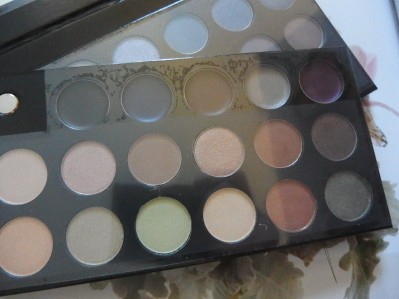 Quo shadow palette