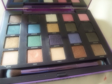 vice 2 urban decay eyeshadow palete