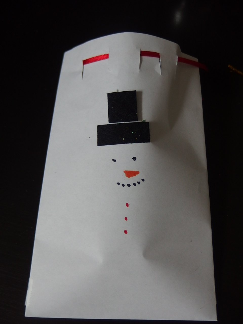 DIY Snowman Bag (sharon beauty prime)  Don't forget to put the goodies.