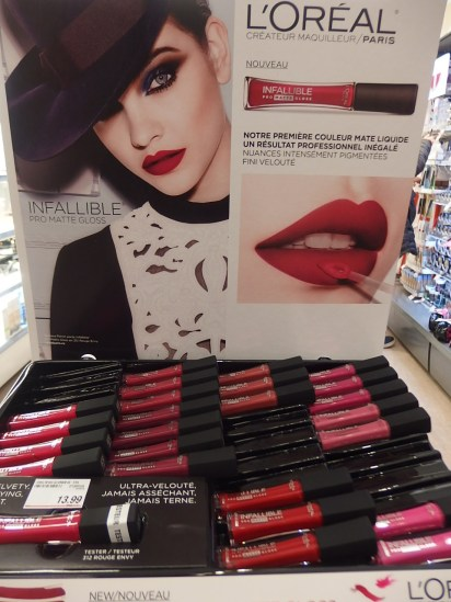 L'oreal Paris NEW LIp Color