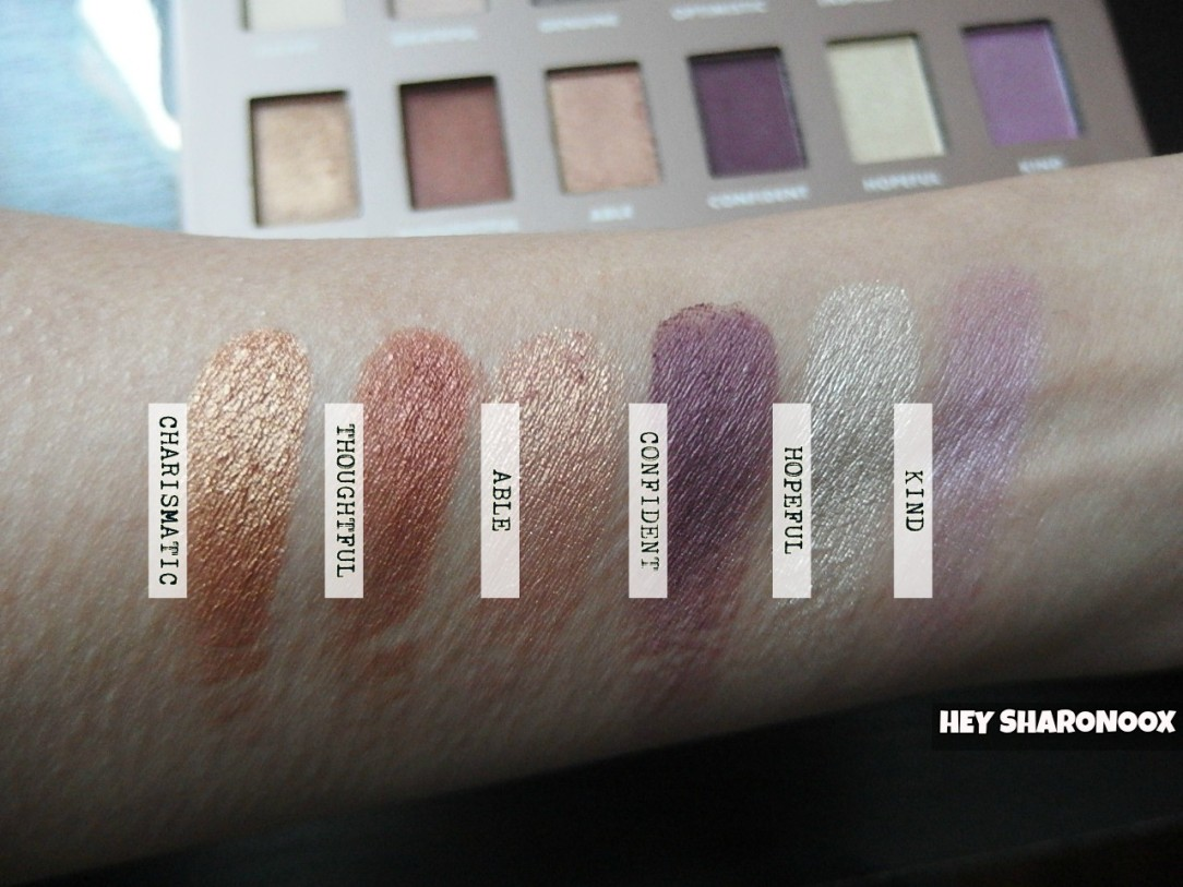 be-eyeshadow-palette-bottom