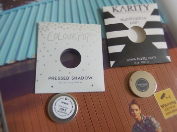 Shadow pans