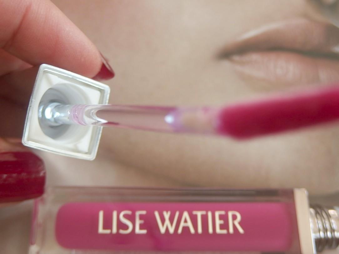 Lip gloss lights