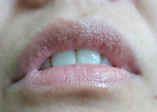 lip serum by canmake