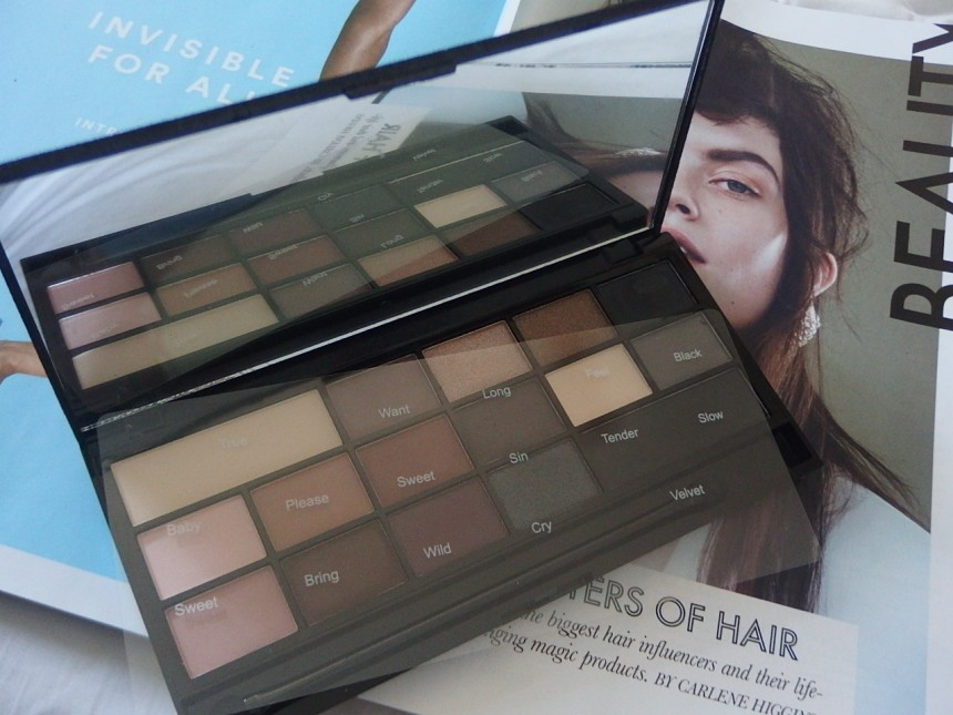 I♥Makeup Eyeshadow Palette by Makeup Revloution