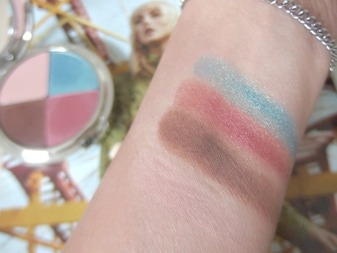Color swatch Tigi eyeshadow