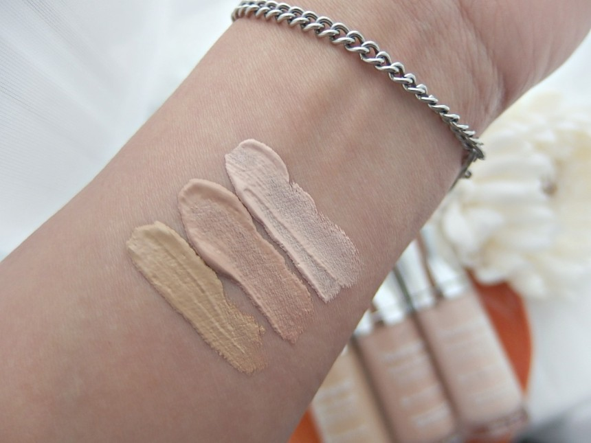 Hydrating tint swatches