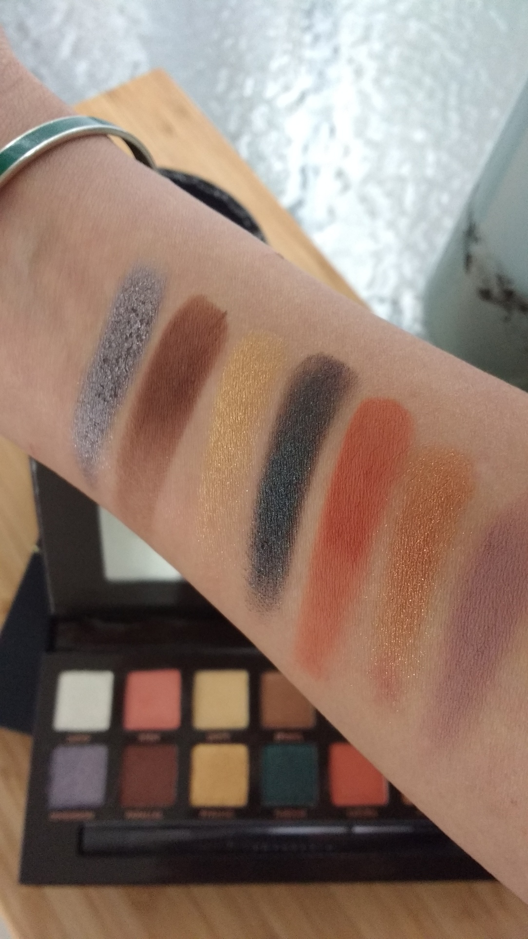 ABH Prism Color Swatch
