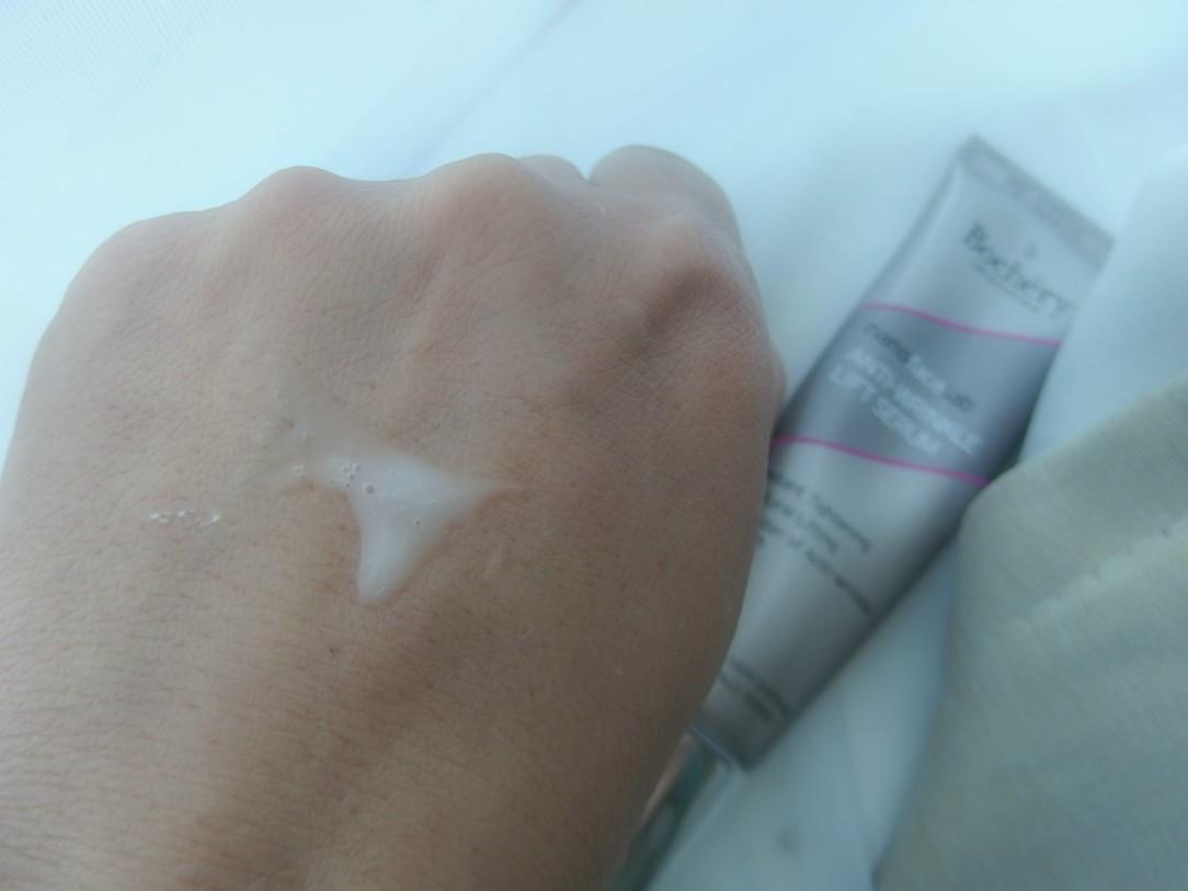 Bochery lift serum swatch .jpg