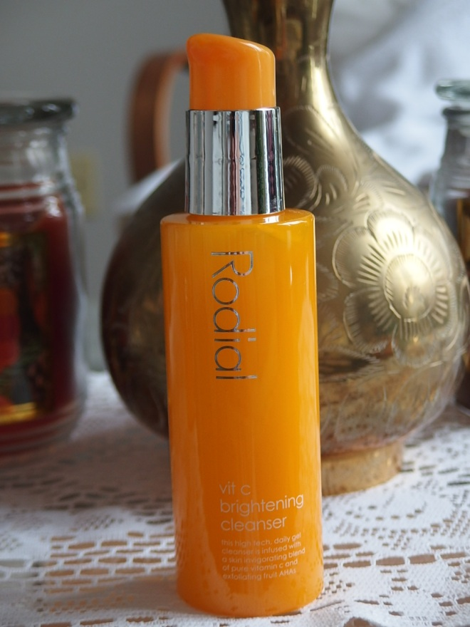 Brightening Cleanser by @Rodial