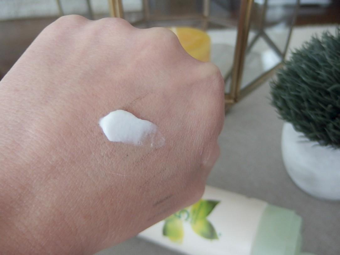 Aveeno moisturizer swatch