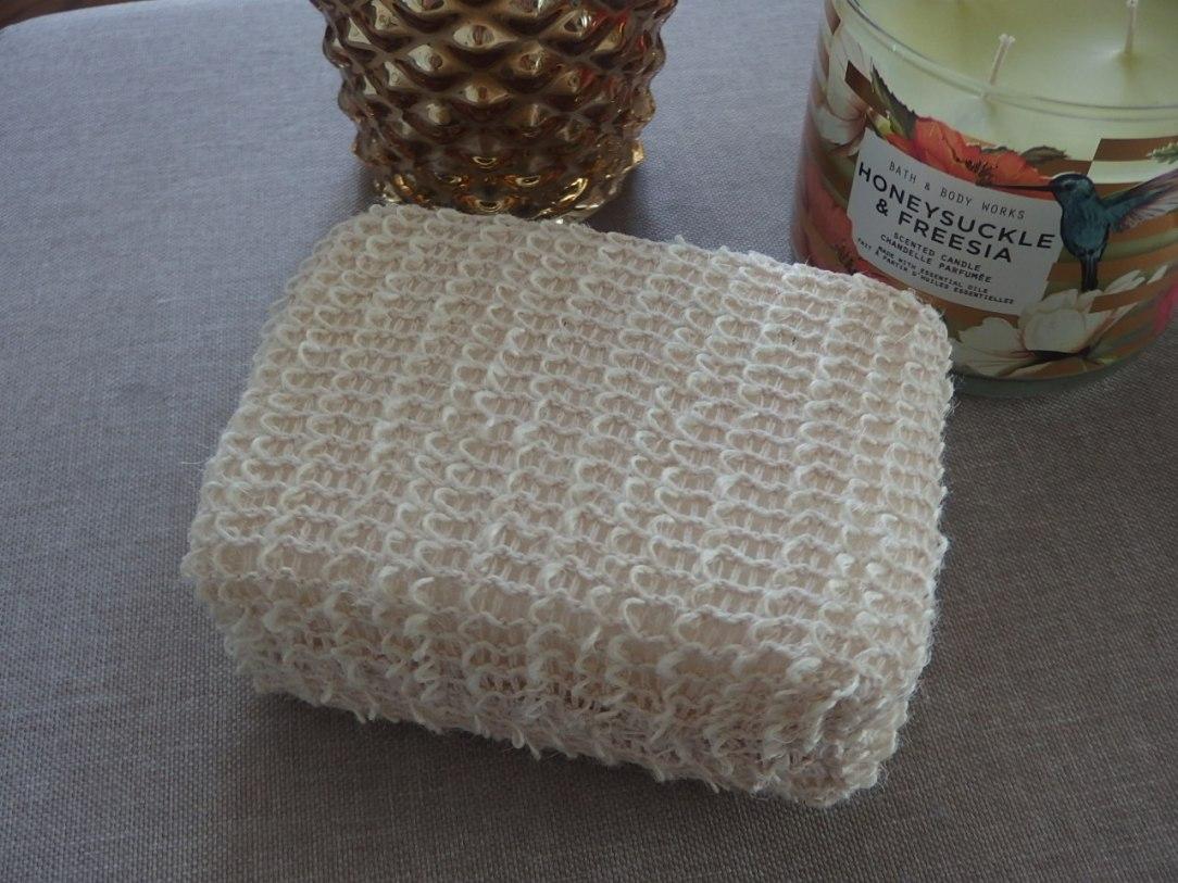 Hemp bath sponge