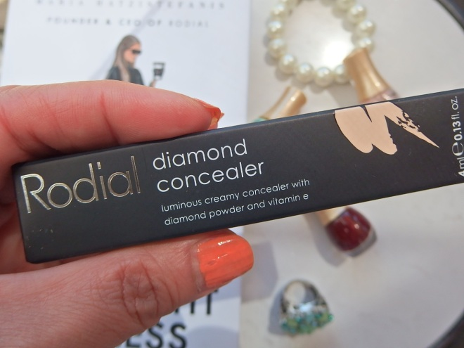 Luminous concealer by #Rodial